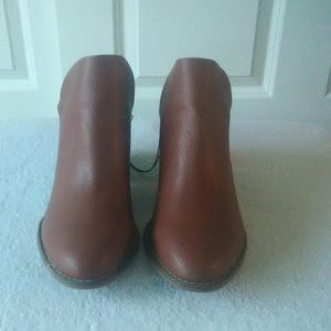 Women's booties size 8.5 wide